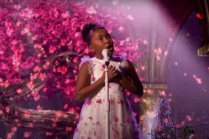 Ca sĩ 9 tuổi khiến giám khảo khó tính Simon Cowell ngả mũ