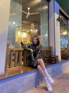 Bạn gái Hà Đức Chinh trổ tài hội họa nhận được cơn mưa lời khen