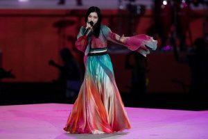Nữ ca sĩ Milet được đánh giá cao tại buổi lễ bế mạc Olympic Tokyo