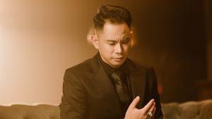 MV Sai cách yêu của Lê Bảo Bình lên thẳng top 1 trending Youtube
