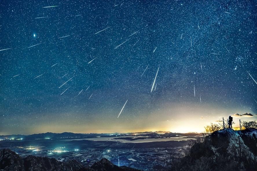 Hiện tượng mưa sao bang của chòm sao Song Tử